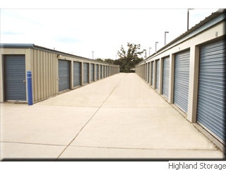 Clean Drive-up Self Storage Units